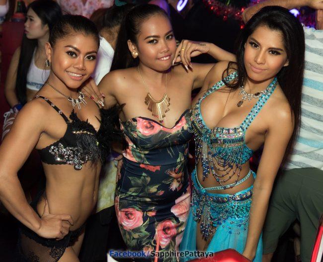 О девчонках, работающих в Go-Go барах Таиланда