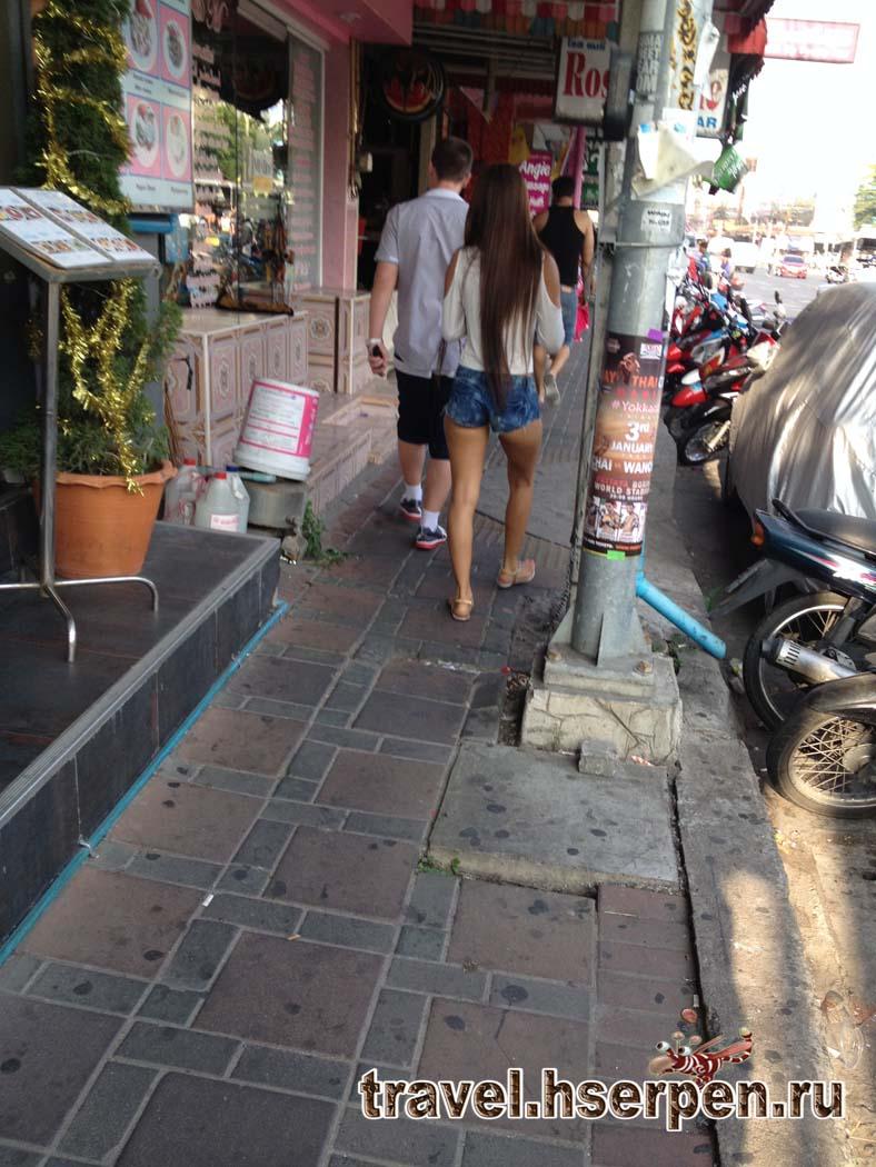 Мифы о Таиланде: вседозволенность в поведении мужчин и женщин на улицах