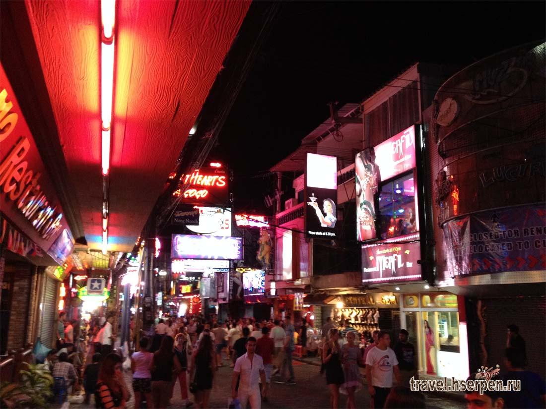 Мифы о Таиланде: Количество клиентов у танцовщиц из go-go баров