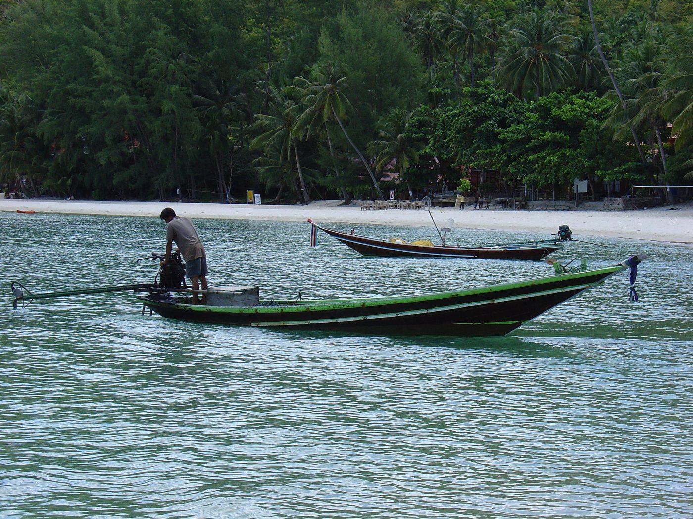 Транспорт на острове Пханган, Таиланд