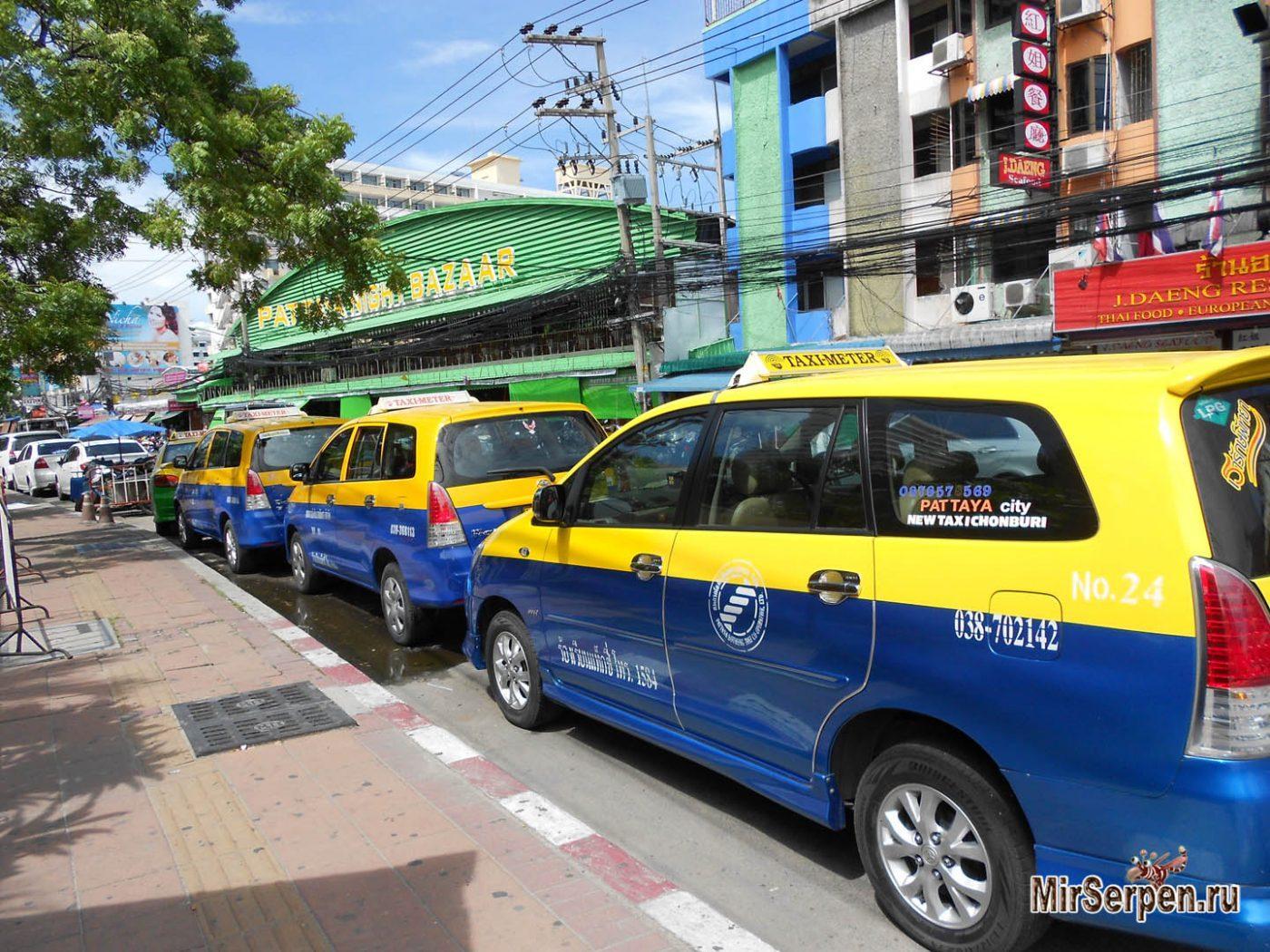 Тайские таксисты на карте местности