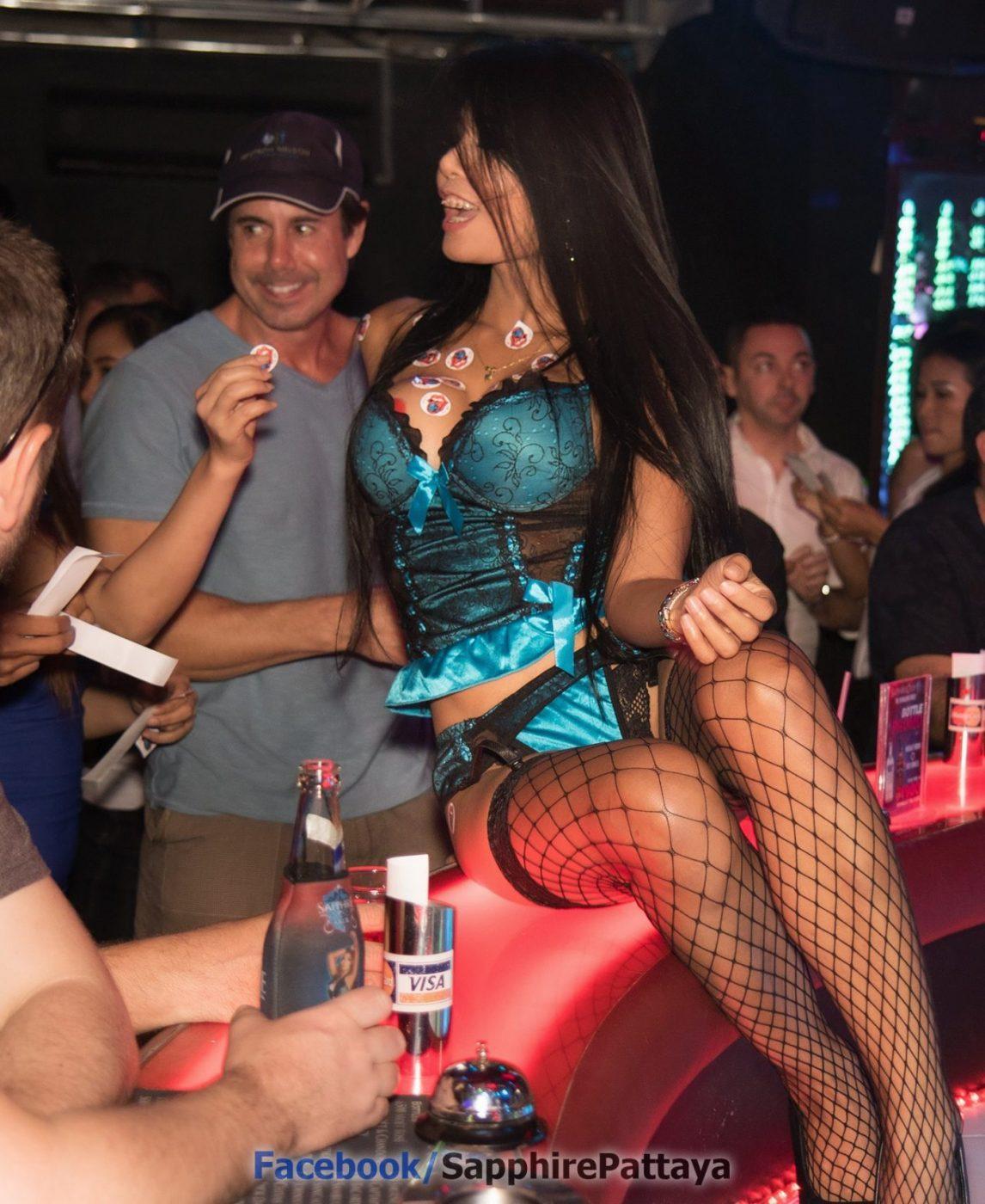 Самое важное в тайском гоу-гоу баре