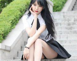 Про длину юбок у корейских девушек