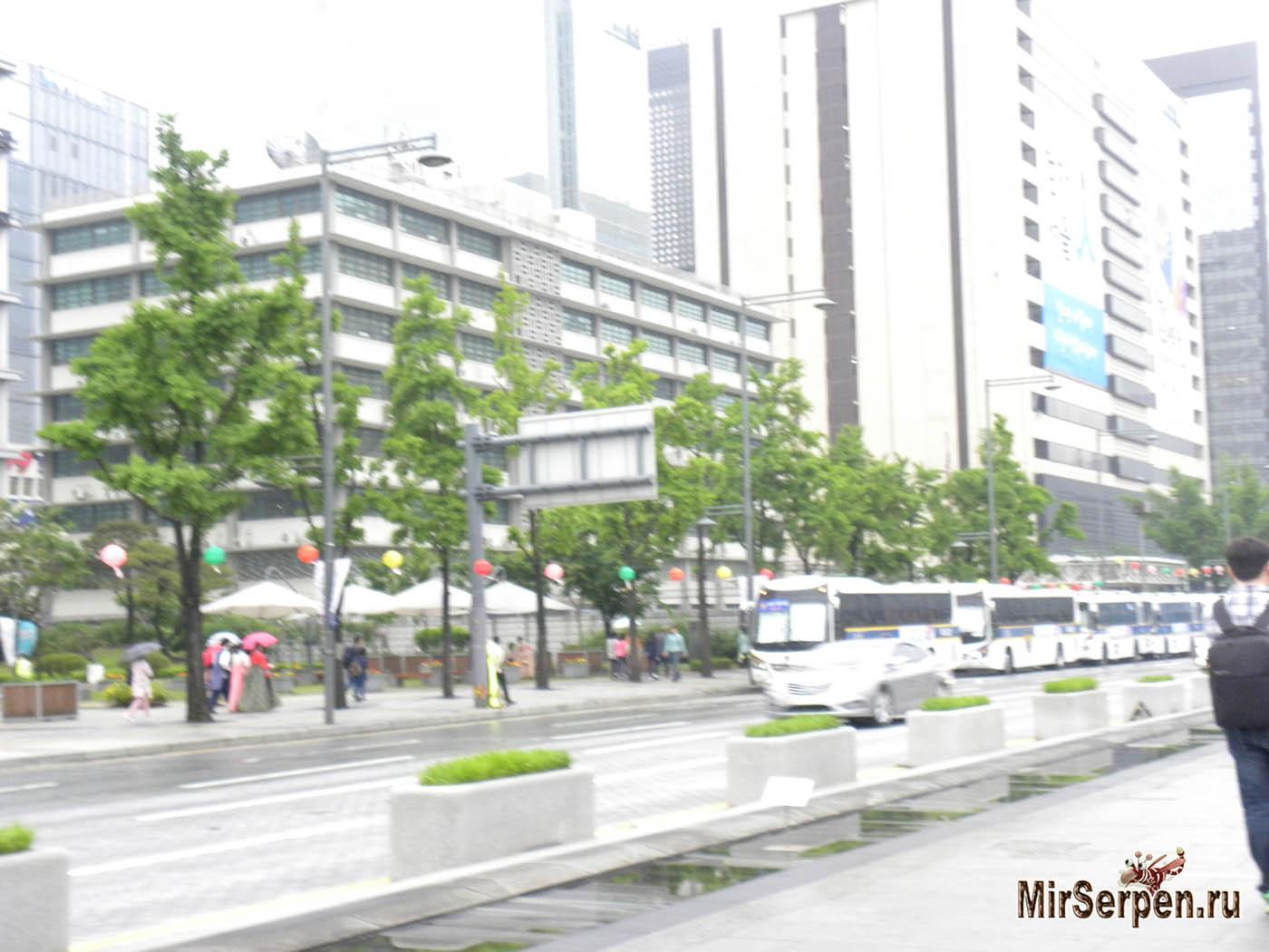 Американское посольство в Сеуле