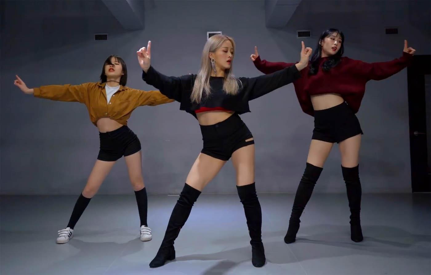 Korean dance team
